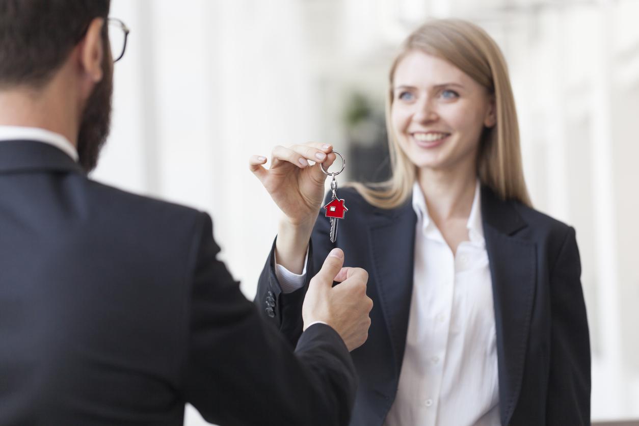 Un propriétaire peut-il garder un double des clés du logement qu'il loue ?