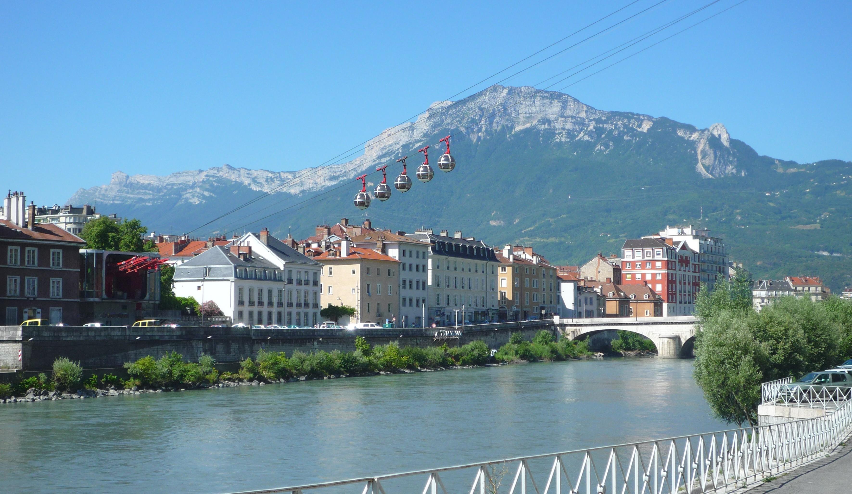 Comme à Grenoble, l'Etat vend des terrains pour construire des logements